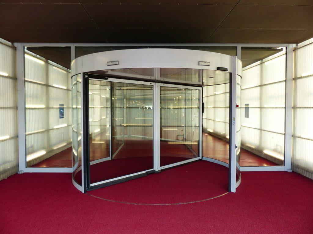 Изготовление стекол на заказ в Москве 3