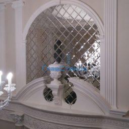 Панно из зеркал в интерьере частного дома 5